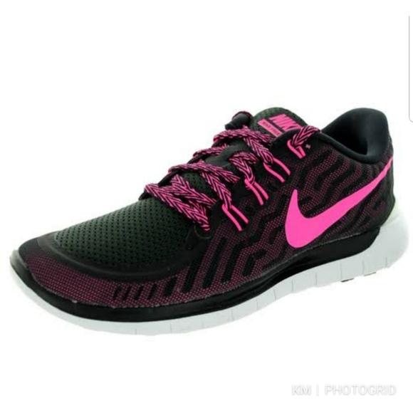 NIKE free run 5.0 Women BlackPink Size 6